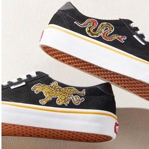 Brand New - Vans UO Exclusive Tattoo Court Sneaker